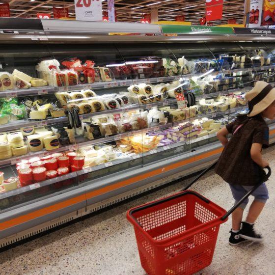 北欧買い付け日記2019-vol.4 『スーパーで食文化探検』